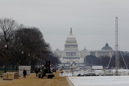 'Dai cong truong' Washington D.C. truoc ngay Trump nham chuc - Anh 1