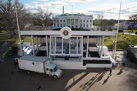 'Dai cong truong' Washington D.C. truoc ngay Trump nham chuc - Anh 4