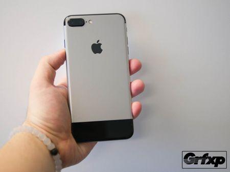 Bien iPhone 7 Plus thanh iPhone doi dau - Anh 1
