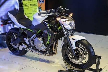 Chi tiet nakedbike gia mem Kawasaki Z650 vua ra mat tai VN - Anh 1