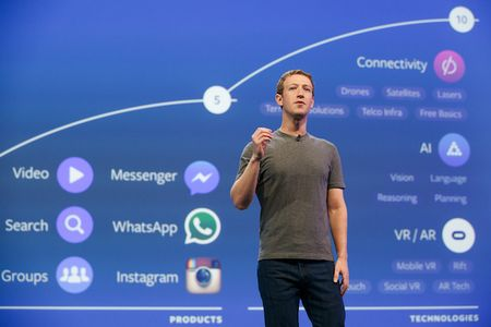 Facebook cua Mark Zuckerberg co doi chuyen xoa comment xau - Anh 1