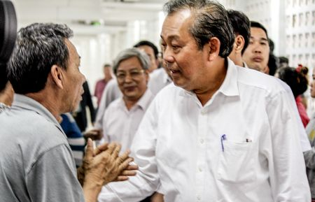 Vu chay 72 can nha o Nha Trang: Cac ho dan se co noi o moi - Anh 1