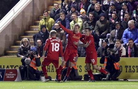 Lucas ghi ban dau tien sau 7 nam, CDV Liverpool keu 'tan the sap den' - Anh 1