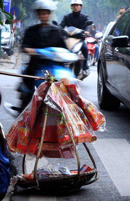 Tien Ong Cong, ong Tao tren pho Ha Noi - Anh 1