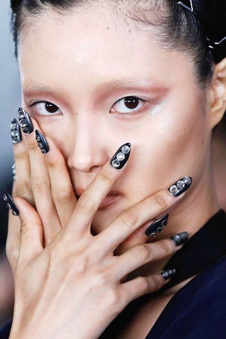 10 mau nail xinh lung linh don Tet - Anh 5
