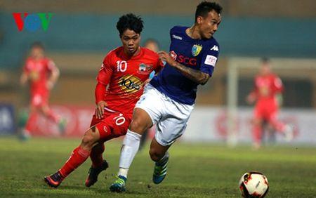 Cong Phuong 'tang hinh' o V-League va cai chau may cua HLV Huu Thang - Anh 1