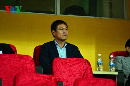 Cong Phuong 'tang hinh' o V-League va cai chau may cua HLV Huu Thang - Anh 2