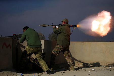 Quan doi Iraq tai chiem duoc phan phia dong cua Mosul tu tay IS - Anh 1