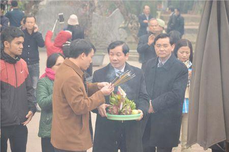 Chiem nguong kieu ruoc an den Tran Nam Dinh - Anh 7