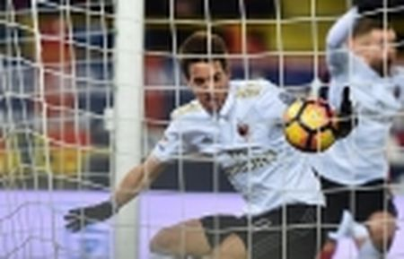 Sturridge hoa ninja tren san tap, Liverpool san sang chien Tottenham - Anh 14