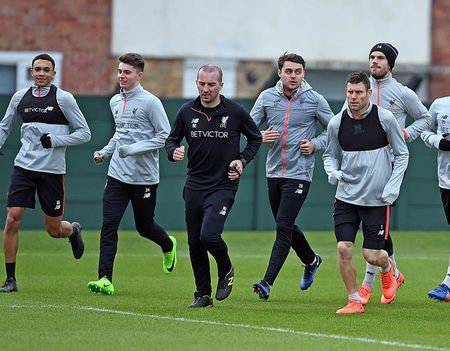 Sturridge hoa ninja tren san tap, Liverpool san sang chien Tottenham - Anh 4