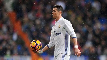 Ronaldo bi chi trich, Di Maria len tieng benh vuc - Anh 1