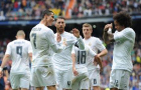 Ronaldo bi chi trich, Di Maria len tieng benh vuc - Anh 2