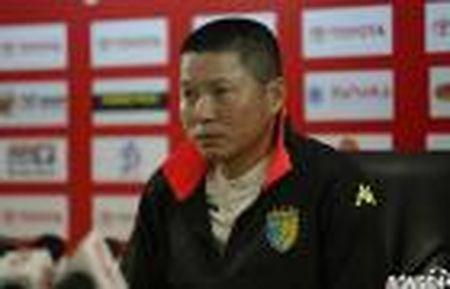 Diem tin bong da Viet Nam toi 10/2: Xuan Truong cung Gangwon gianh chien thang 4 sao - Anh 2