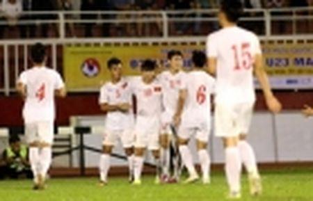 Diem tin bong da Viet Nam toi 10/2: Xuan Truong cung Gangwon gianh chien thang 4 sao - Anh 3