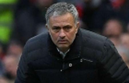 Man Utd kem Chelsea 14 diem, HLV Conte van lo so - Anh 2