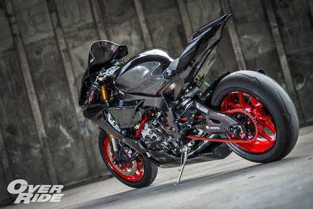 Sieu moto Yamaha R1 2015 do full carbon 'sieu khung' - Anh 2
