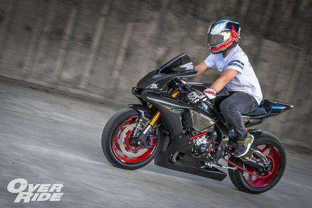 Sieu moto Yamaha R1 2015 do full carbon 'sieu khung' - Anh 6
