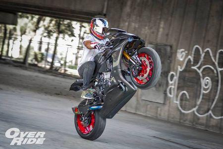 Sieu moto Yamaha R1 2015 do full carbon 'sieu khung' - Anh 7
