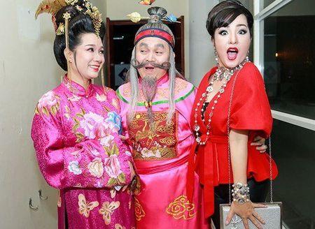Chi Tai, Thu Trang: 'Khan gia nem do, toi bo dien ngay' - Anh 3