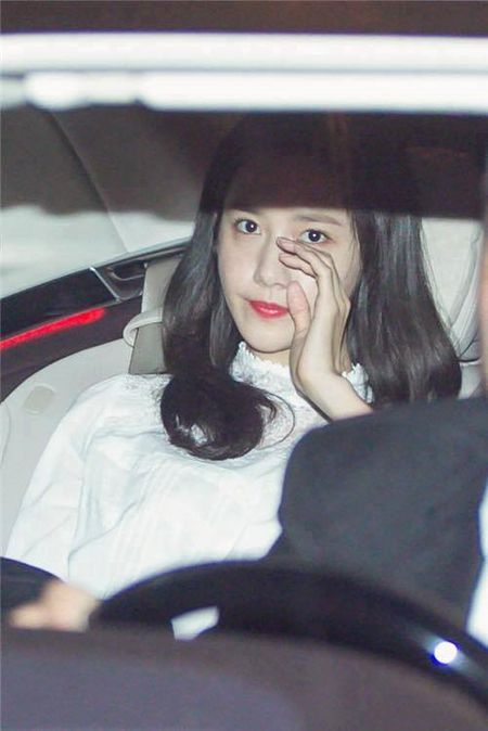 Yoona (SNSD) tai Viet Nam: Fan phan khich, hon loan bam sat than tuong - Anh 1