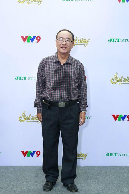 "Thai Chau xuc dong khi hat lai ""Co Tham ve lang"" sau 44 nam - Anh 1"