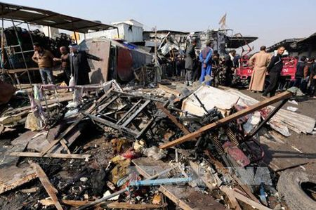 Danh bom lieu chet tai Mosul, gan 20 nguoi thuong vong - Anh 1