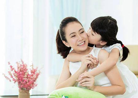 Ngo ngang voi 1001 chieu my nhan showbiz Viet dung cho con an dam - Anh 8