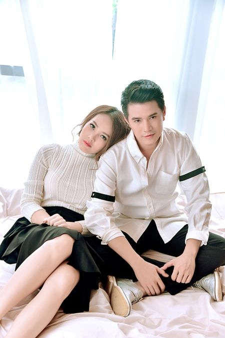 A hau Thuy Van khien MC Vu Manh Cuong chanh long mua Valentine - Anh 1