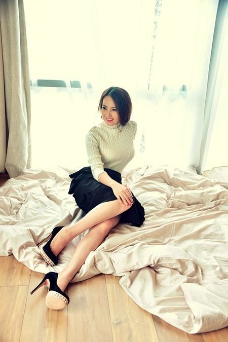 A hau Thuy Van khien MC Vu Manh Cuong chanh long mua Valentine - Anh 5