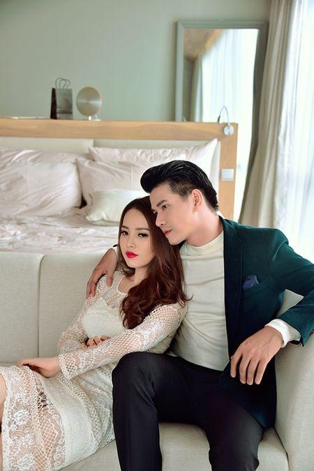 A hau Thuy Van khien MC Vu Manh Cuong chanh long mua Valentine - Anh 6