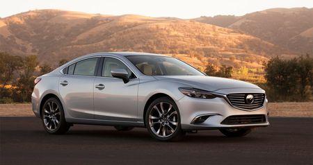 Xe Mazda tiep tuc giam gia den 140 trieu dong tai Viet Nam - Anh 1