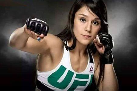 My nhan moi UFC: Xinh nhu ngoc, vo cao cuong - Anh 1