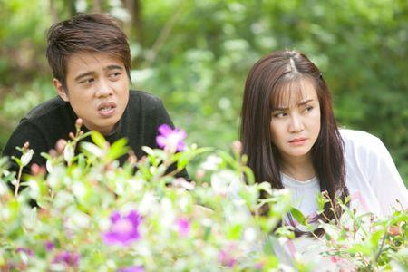 Vy Oanh sanh doi cung trai dep trong phim moi - Anh 4
