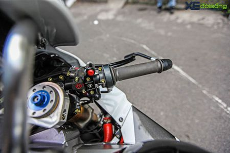 Hang 'khung' Honda RC51 SP2 cuc doc tai Viet Nam - Anh 16
