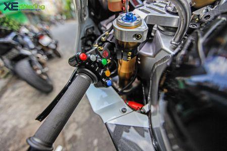 Hang 'khung' Honda RC51 SP2 cuc doc tai Viet Nam - Anh 2
