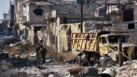 Quan doi Syria tai chiem hang loat lang mac o Aleppo tu IS - Anh 1