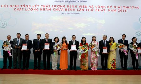TP.HCM: So Y te to chuc trao giai thuong chat luong kham chua benh lan thu I – 2017 - Anh 6