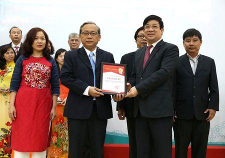 TP.HCM: So Y te to chuc trao giai thuong chat luong kham chua benh lan thu I – 2017 - Anh 8