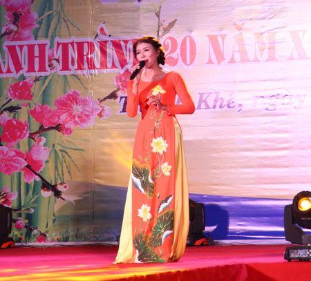 Da Nang: Thi ca song doi trong dem Tho Nguyen tieu 2017 - Anh 10