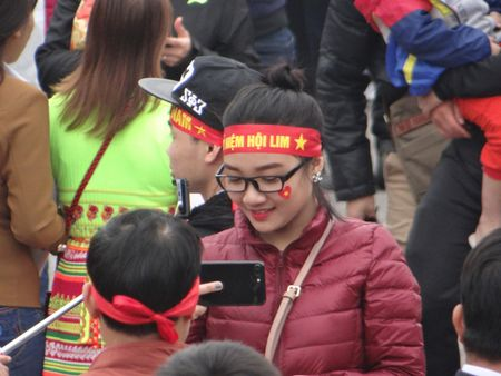 Bac Ninh: Gioi tre bay to tinh yeu dat nuoc trong Hoi Lim - Anh 1