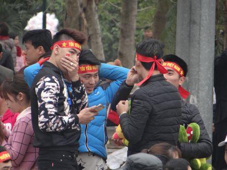 Bac Ninh: Gioi tre bay to tinh yeu dat nuoc trong Hoi Lim - Anh 6