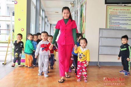Tang hoc phi can gan voi nang chat luong dao tao - Anh 2