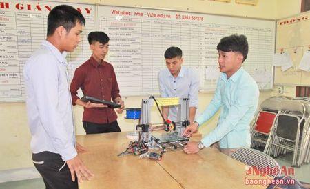 Tang hoc phi can gan voi nang chat luong dao tao - Anh 3