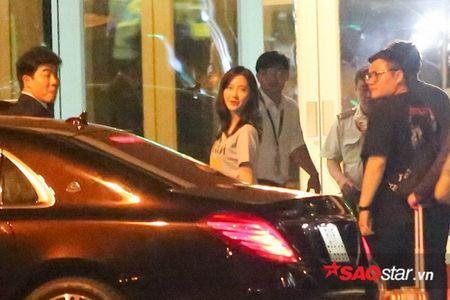 YoonA (SNSD) 'luu luyen khong roi', chia tay fan Viet len duong ve Han Quoc - Anh 3
