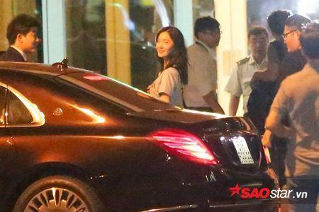 YoonA (SNSD) 'luu luyen khong roi', chia tay fan Viet len duong ve Han Quoc - Anh 4