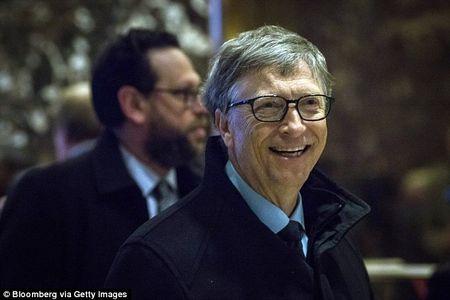 Liverpool 'cau cuu', Bill Gates ngoanh mat lam ngo - Anh 1