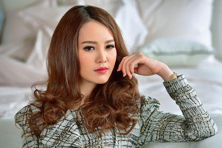 A hau Thuy Van khien Vu Manh Cuong chanh long mua Valentine - Anh 7