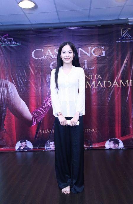 Chi song sinh cua Nam Em dien ao ba ba di casting - Anh 2