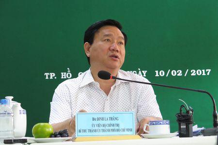 Bi thu Dinh La Thang: '15 trieu dong mot met vuong sao cong nhan mua noi' - Anh 1